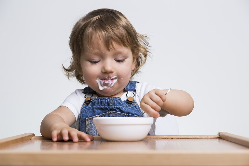 Kiedy dziecko ma problemy z trawieniem – przepisy na bazie mleka koziego