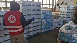 P&G niesie pomoc najbardziej dotkniętym kryzysem oraz tym, którzy im pomagają. Problemy społeczne, BIZNES - P&Gw dobie pandemii COVID-19 wzmacnia działania pomocowe. Obecnie, w dobie walki z pandemią, oznacza to przede wszystkim niesienie pomocy tym, którzy jej najbardziej potrzebują, a tych, którzy taką pomoc niosą